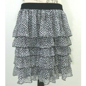 White Black Dotted Elastic Waist Ruffled Skirt